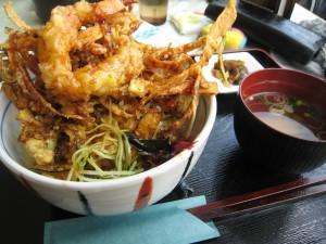 レストラン「ハル」のかき揚げ丼