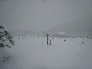 とおみゲレンデも雪で真っ白!