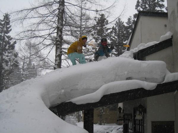 3月の屋根雪おろし